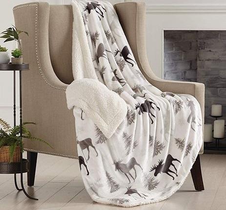 Maine Moose Blanket